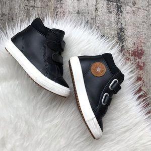 CONVERSE black leather shoes sz 8 toddler